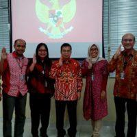 Bersama Yudi Latif dalam seminar wawasan