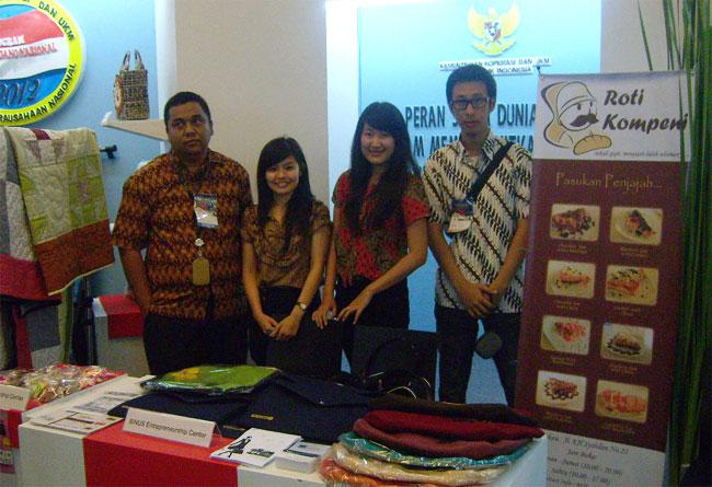 Entrepreneur Muda BINUS UNIVERSITY Ramaikan Gerakan Kewirausahaan Nasional 2012