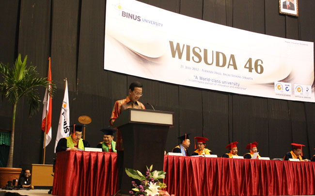 Wisuda 46 BINUS UNIVERSITY bina nusantara Sultan Hamengku Buwono X