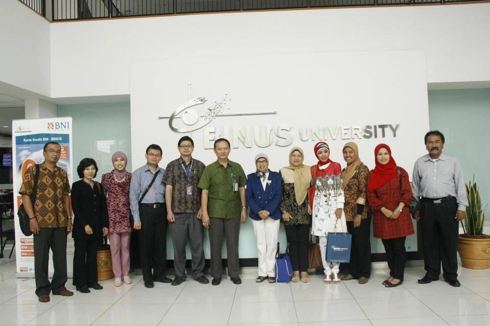 School of Business Management BINUS UNIVERSITY Menginspirasi Dosen-Dosen Bandung