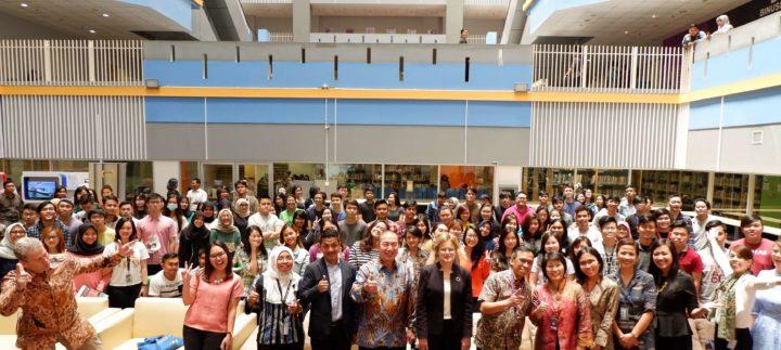 BINUS UNIVERSITY MENDAPAT 2 PENGHARGAAN PADA INDONESIAN QUALITY AWARD 2017