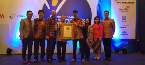 BINA NUSANTARA RAIH PENGHARGAAN EMPLOYERS OF CHOICE AWARD